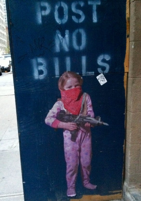 rsz_child_gun_streetart