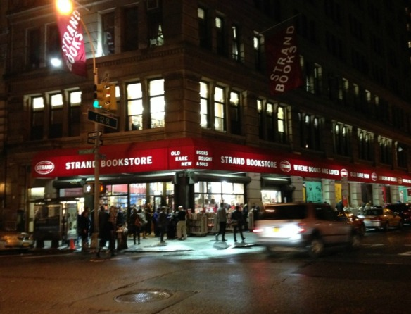 the strand bookstore on broadway and east 13th street